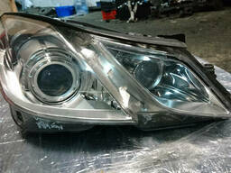 A2078200639 - Фара правая Mercedes E-Class (W207)