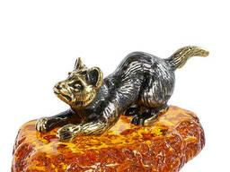 AM-1303 Фигурка Игривая собака латунь, янтарь