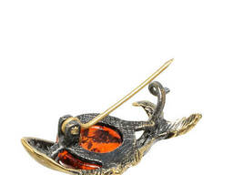 AM-1643 Брошь Рыбка Малек латунь, янтарь