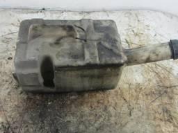 Бачок омывателя лобового стекла Renault Renault magnum. ..