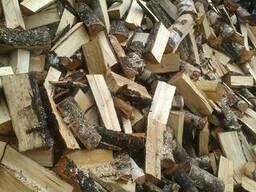 Березовые колотые дрова.