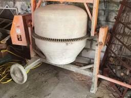 Аренда, бетономешалка 350 литров 380 вольт.