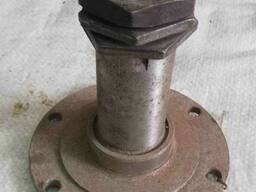 Цапфа переднего колеса УАЗ, кат 69-2304080.