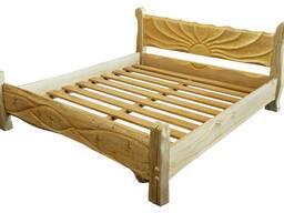Дубовая двухспальная кровать.