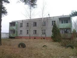 Двухэтажное административно-хозяйственное здание (с подвалом