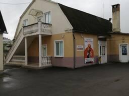 Двухэтажное здание по дмагазин в г . Барановичи