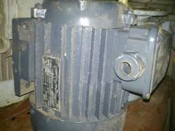 Электродвигатель 4АА80А4 11,8кВт 1400об/мин
