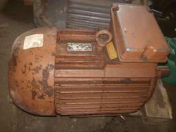 Электродвигатель 4АМ160М8