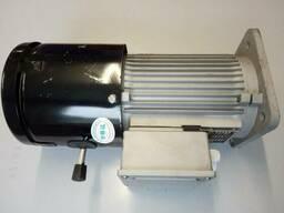 Электродвигатель трехфазный 1,5 кВт в сборе с э/м тормозом лебедки