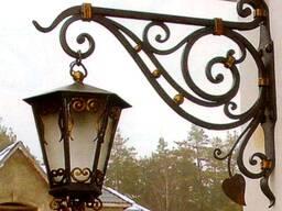 Фонари кованые, вывески