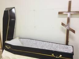 Гроб, крест ритуальный