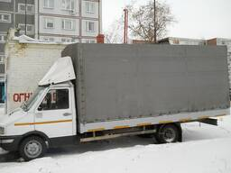 Грузчики с грузовым авто