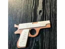 Игрушка Пистолет деревянный