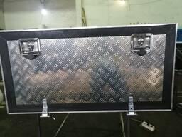 Инструментальный алюминиевый ящик