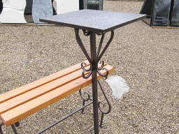Изготовление и установка столика лавочки на могулу