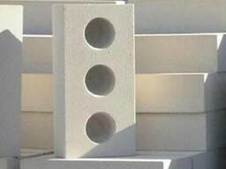 Кирпич белый силикатный трехпустотный - фото 1