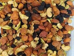 Компотная смесь, бобовые, семечки (Узбекистан)