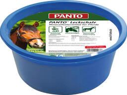 Витаминно-минеральный лизунец для лошадей.