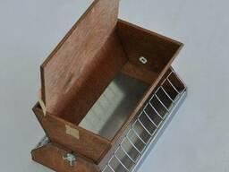 Кормушка бункерная деревянная 4л