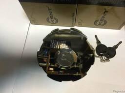 Крышка топливного бака AXOR c замком (Литой металл) /80ММ