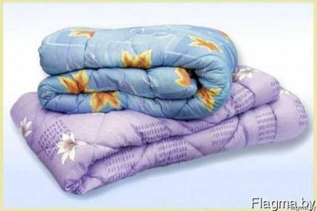 Матрац, подушка и одеяло и постельное бельё