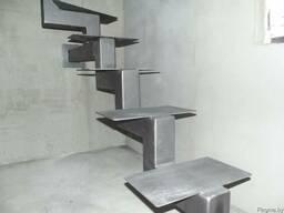Металлические лестницы (косауры)