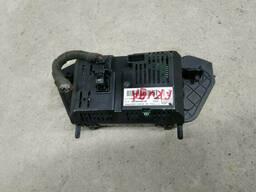 Монитор (команд) на Ford Escape 3 поколение