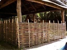 Натуральный деревянный штакетник для забора