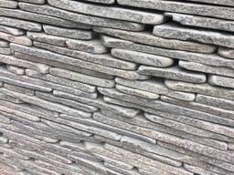Натуральный камень песчаник серо-зелёный галтованый 1,5-2 см