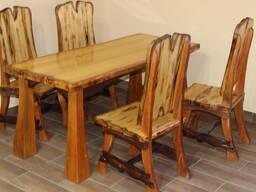 Обеденный стол из массива сосны