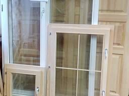 Окна и рамы деревянные.