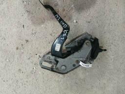 Педаль сцепления на Mazda 2 DE