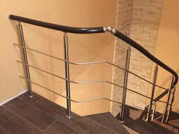 Перила для лестниц из нержавейки с поручнем из ПВХ