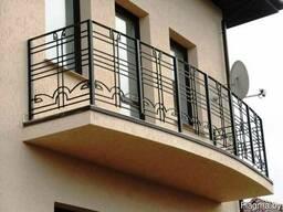 Перила и ограждения для балконов и окон из металла