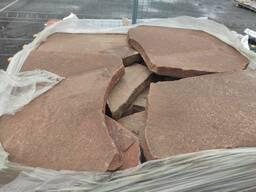 Песчаник красный крупноформатный (пошаговый) 5-6 см