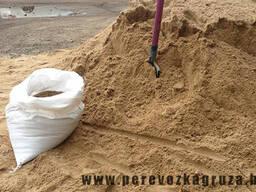 Песок для стяжек пола в мешках по 40 кг.