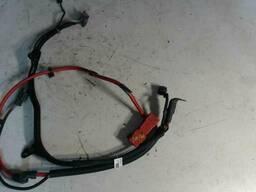 Плюсовой провод аккумулятора Mini Countryman