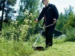 Покос травы, бурьяна, поросли на участке