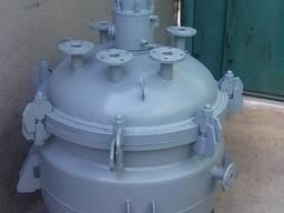 Реактор из нержавеющей стали на 250 литров.