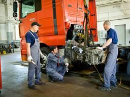 Ремонт и замена двигателя и коробки у грузового тран - фото 2