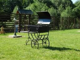 Садовый мангал кованный с крышкой на колесах