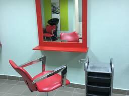 Сдам варенду рабочее место для парикмахера (Возможна почасовая аренда)