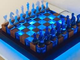 Шахматы подарочные, эксклюзивные, массив дуба, эпоксидная смола