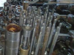Шпиндель пускового клапана 12002