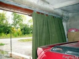 Шторы в гараж, гаражные шторы утеплённые из брезента.