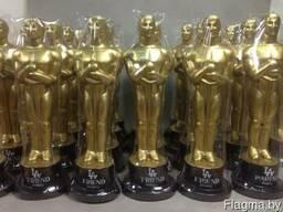 Статуэтки Оскар – украшение для праздников