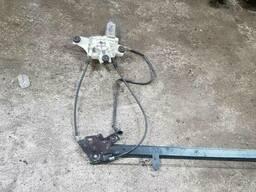 Стеклоподъемник электрический передний правый Iveco Stralis