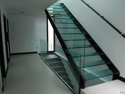 Стеклянная лестница под заказ по всейРБ,Стеклянные лестницы.