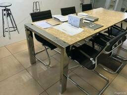 Стильная мебель для офисов и кафе с базовыми элементами из н