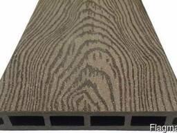 Террасная доска из ДПК Holzhof с тиснением кольца дерева